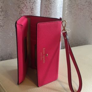 Kate Spade Pink Cellphone wristlet for iPhone 6